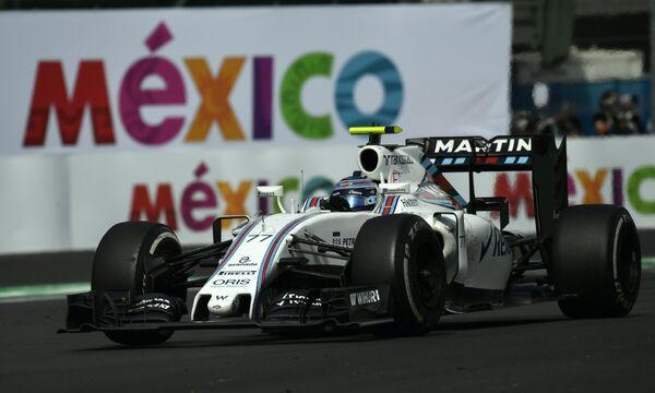 Пилот Уильямса Вальттери Боттас на дистанции Гран-при Мексики