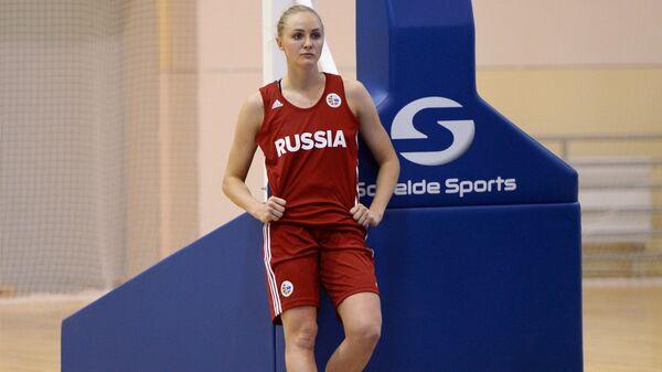 Защитник женской сборной России по баскетболу Елена Беглова