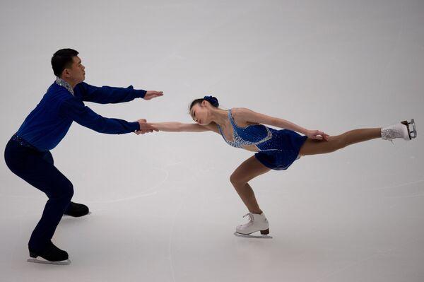 Китайские фигуристы Юй Сяоюй и Чжан Хао