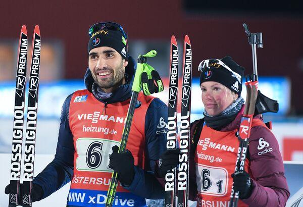 Биатлонисты сборной Франции Мари Дорен-Абер и Мартен Фуркад
