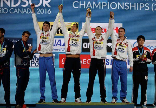 Сборная России по плаванию. Слева направо: Алексей Брянский, Никита Лобинцев, Александр Попков, Владимир Морозов