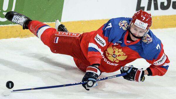 Нападающий сборной России Сергей Шумаков