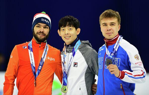 Шинки Кнегт, Ли Чжон Су и Семен Елистратов (слева направо)