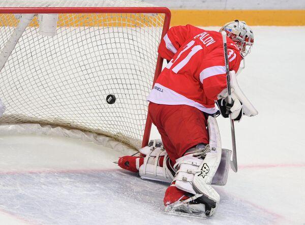 Вратарь ХК Спартак Никита Беспалов