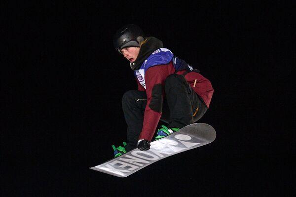 Канадский сноубордист Антуан Трюшон