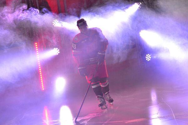 Хоккеист Ян Коварж во время Матча Звезд КХЛ - 2016
