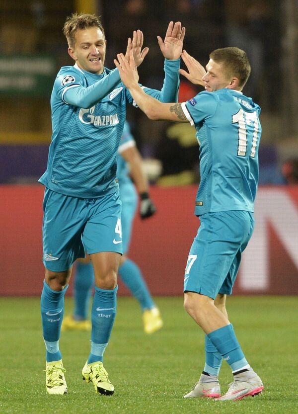 Защитник Зенита Доменико Кришито (слева) и полузащитник Олег Шатов