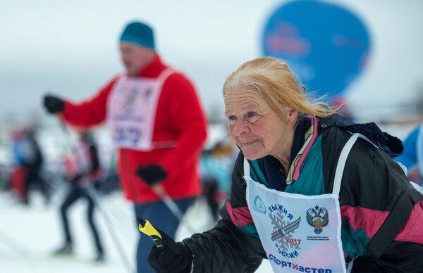 Участница всероссийской массовой лыжной гонки Лыжня России - 2017