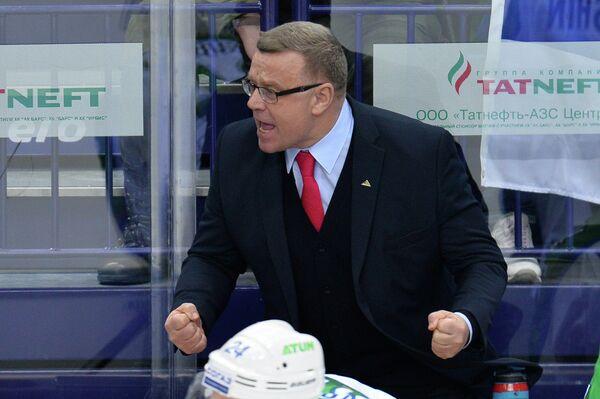 Главный тренер Салавата Юлаева Игорь Захаркин