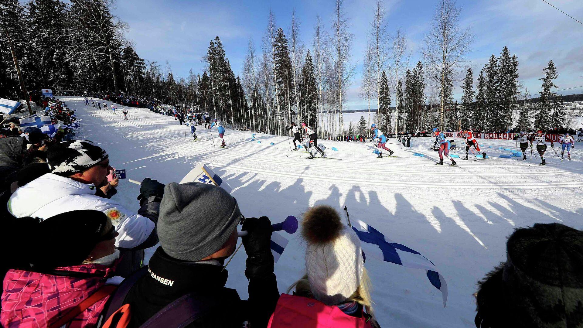 Лыжницы на дистанции скиатлона во время чемпионата мира-2017 в Лахти - РИА Новости, 1920, 26.11.2020