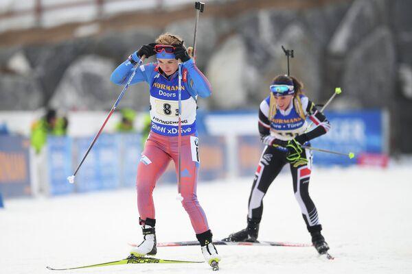 Ирина Услугина (слева)