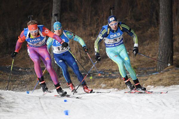 Лоуэлл Бэйли (США), Ян Савицкий (Казахстан) и Артем Прима (Украина) (слева направо)