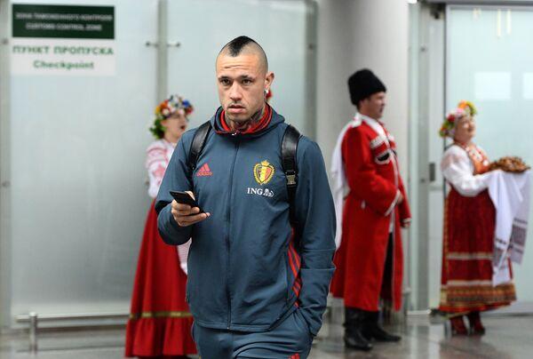 Полузащитник сборной Бельгии Раджа Наингголан