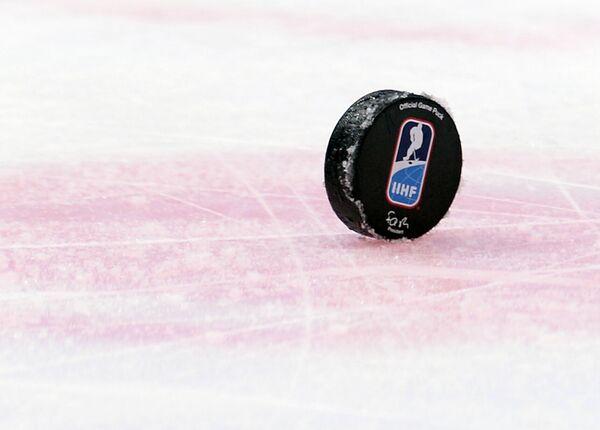 Шайба IIHF