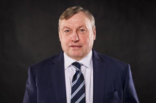 Александр Зыбин