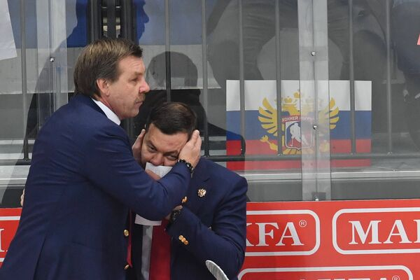 Олег Знарок (слева) и Илья Воробьев