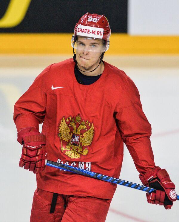 Нападающий сборной России Владислав Наместников