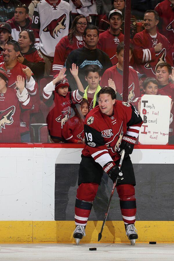 Канадский хоккеисты Шейн Доун