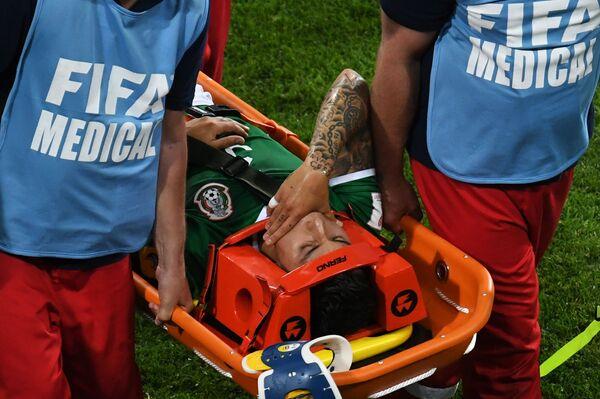 Защитник сборной Мексики Карлос Сальседо