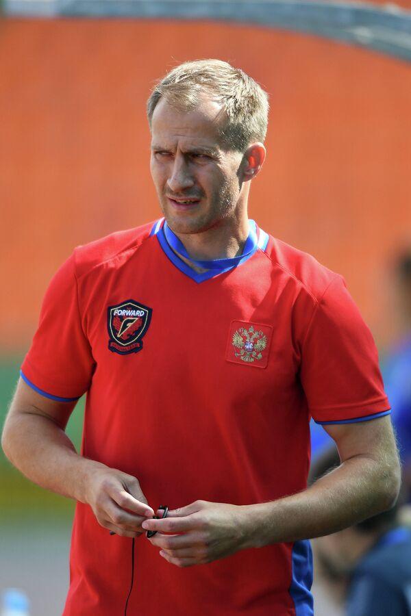 Главный тренер женской борной России по регби-7 Андрей Кузин