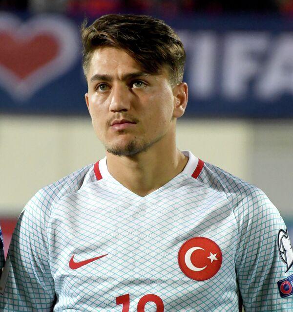 Полузащитник сборной Турции по футболу Дженгиз Ундер