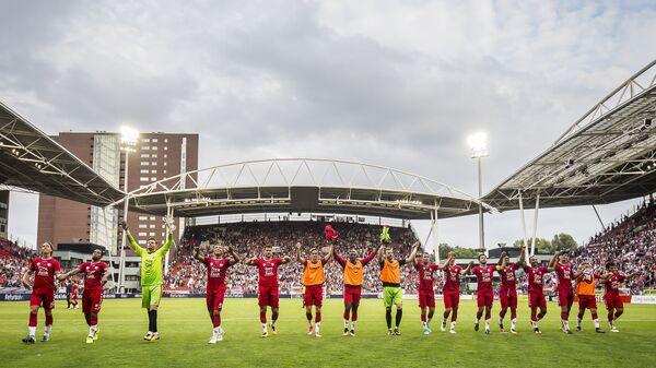 Футболисты Утрехта