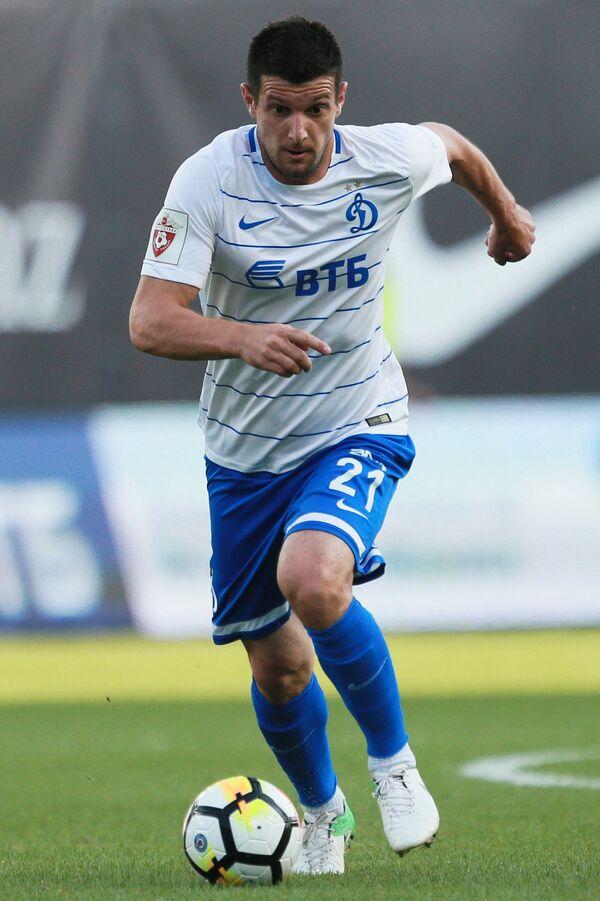 Нападающий ФК Динамо Фатос Бечирай
