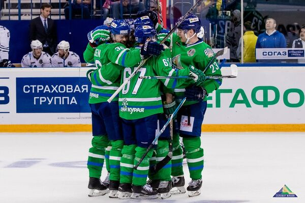 Хоккеисты Салавата Юлаева