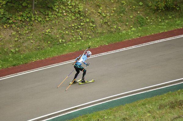 Биатлонист на дистанции спринта