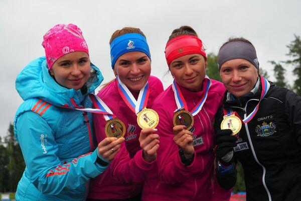Слева направо: Ирина Услугина, Виктория Сливко, Екатерина Абрамова и Анастасия Загоруйко