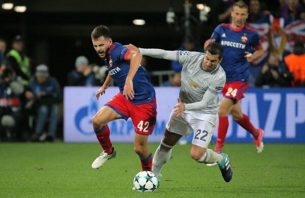 Игровой момент матча ЦСКА - Манчестер Юнайтед