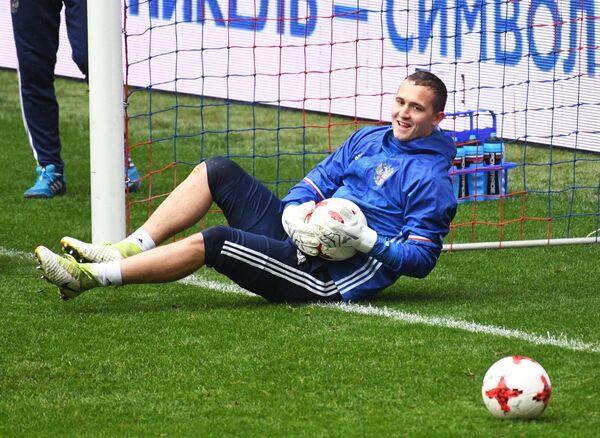 Вратарь сборной России по футболу Андрей Лунев