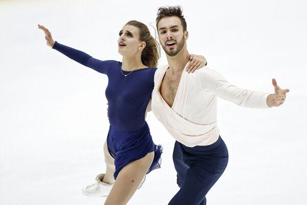 Габриэлла Пападакис и Гийом Сизерон на турнире Finlandia Trophy