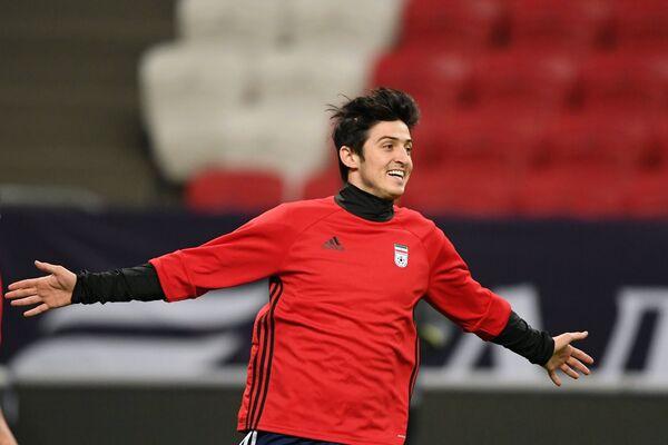 Форвард сборной Ирана по футболу Сердар Азмун