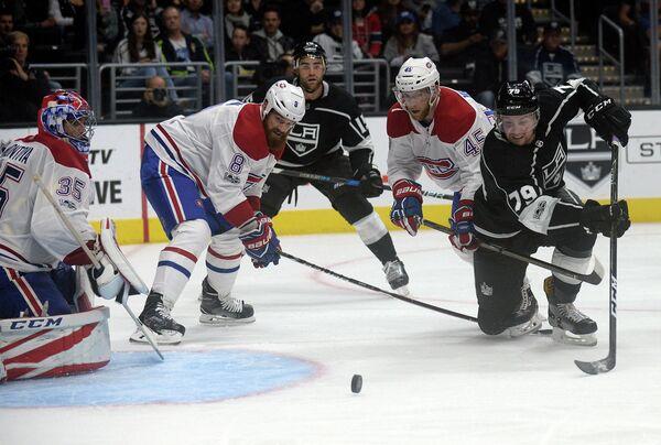 Игровой момент матча НХЛ Лос-Анджелес Кингз - Монреаль Канадиенс