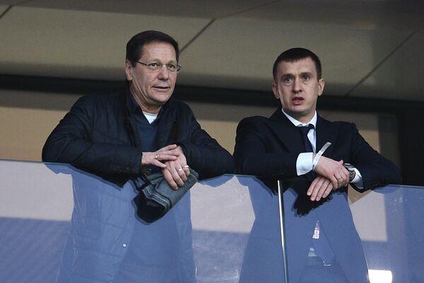Президент Олимпийского комитета России (ОКР), первый заместитель председателя Государственной Думы РФ Александр Жуков (слева)