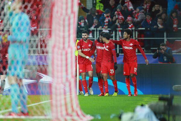 Футболисты Спартака Сердар Таски, Зе Луиш, Лоренсо Мельгарехо и Луис Адриано (слева направо)