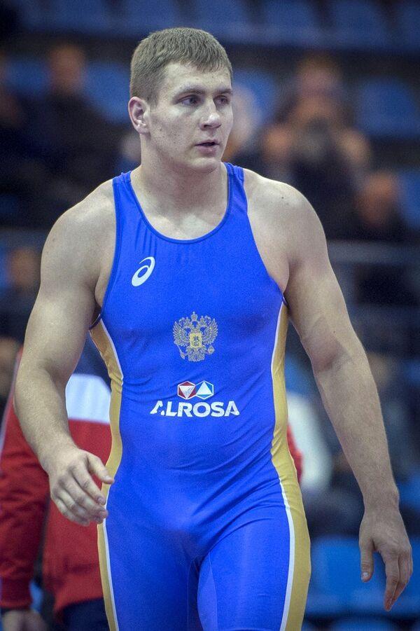 Российский борец греко-римского стиля Александр Головин