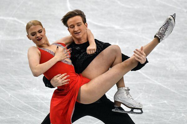 Анастасия Скопцова и Кирилл Алешин