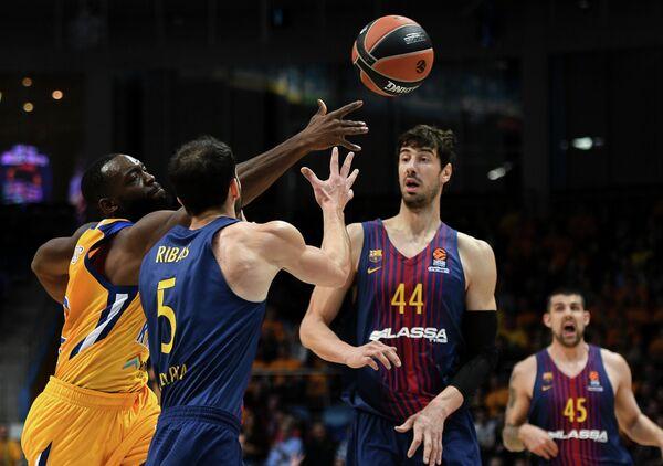 Баскетбол. Евролига. Матч Химки - Барселона