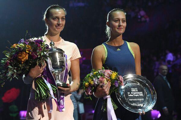 Петра Квитова и Кристина Младенович (слева направо)