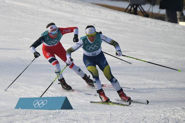 Шарлотта Калла (справа) и Хейди Венг