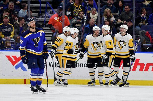 Хоккеисты клуба НХЛ Питтсбург Пингвинз