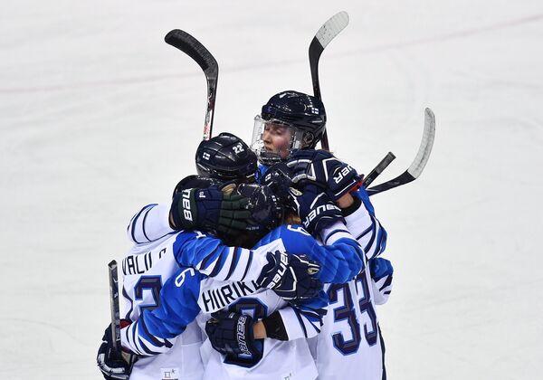 Игроки женской сборной Финляндии по хоккею
