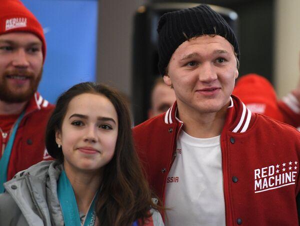 Фигуристка Алина Загитова и хоккеист Кирилл Капризов