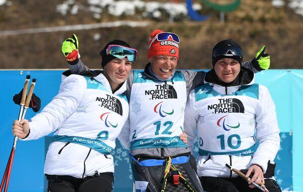 Марта Зайнуллина, Андреи Эскау и Ирина Гуляева (слева направо)