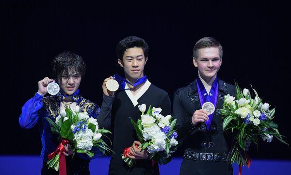 Сёма Уно, Натан Чен и Михаил Коляда (слева направо)