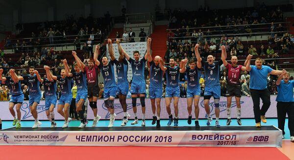 Игроки и тренерский штаб ВК Зенит-Казань