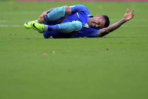 Защитник сборной Бразилии Дани Алвес