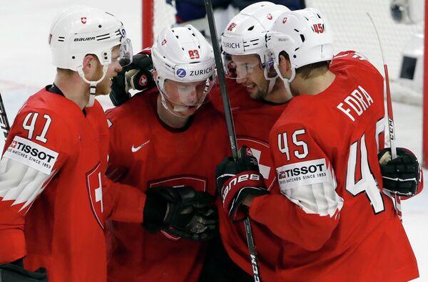 Хоккеисты сборной Швейцарии